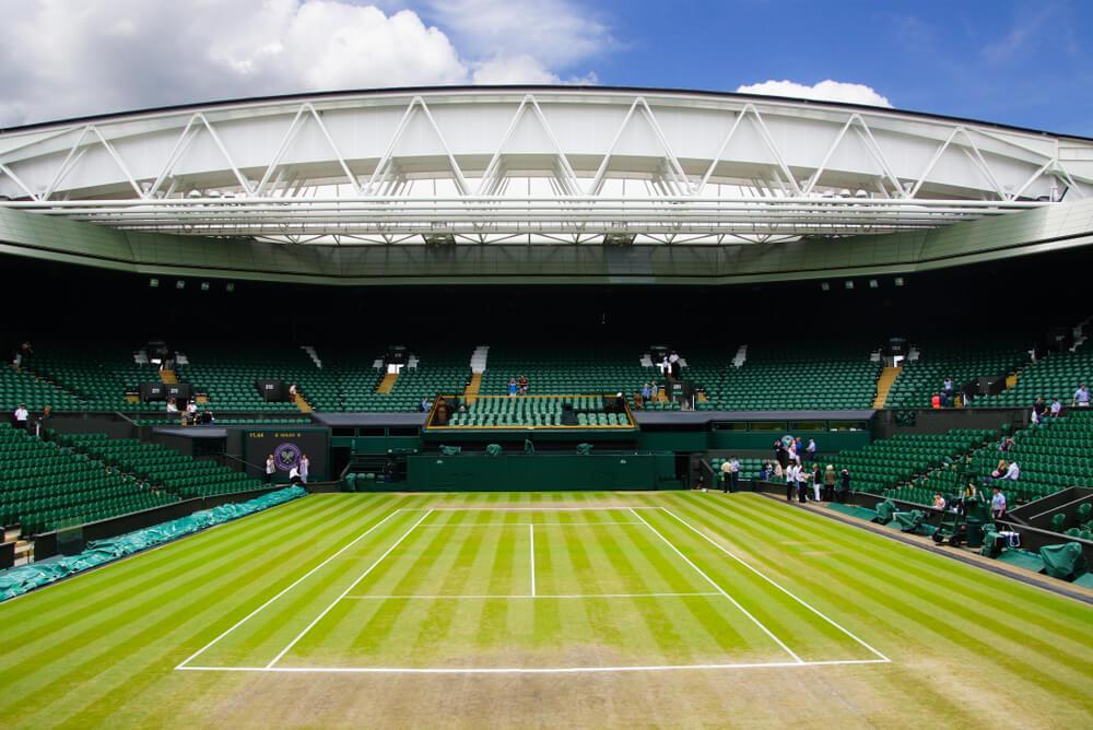 Centre Court ved Wimbledon med åbent tag