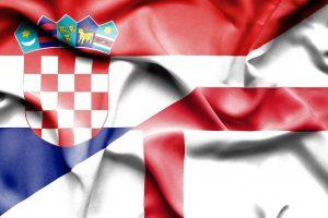 Kroatisk og engelsk flag VM 2018